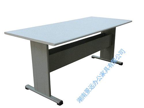 产品名称:阅览桌 产品分类:桌椅系列 咨询热线:         15700703586